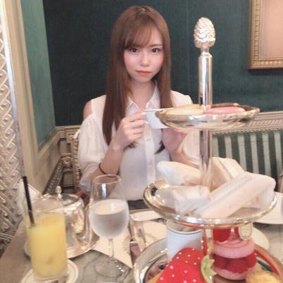 日本美女选手生活照2