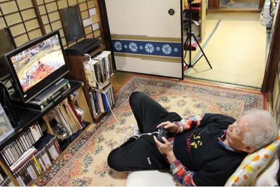 老年人也会出现沉迷游戏的现象